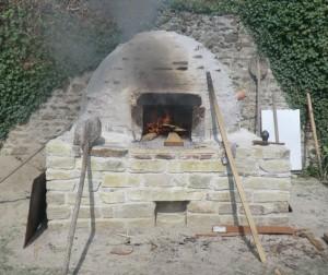 Armae / reconstitution d'un four de boulanger romain