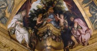 """René-Antoine Houasse, """"Titus et Bérénice"""" (peinture de l'un des coins du plafond du salon de Vénus, château de Versailles)."""