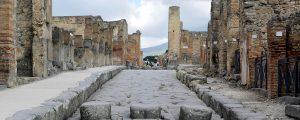 La marche de l'histoire / Survivre à Pompéi.
