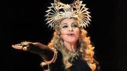 Madonna style greco-romain