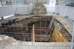 Vannes. Une vitre pour voir les thermes romains - Vannes.maville.com
