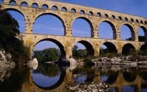 Les tarifs de visite du pont du Gard contestés