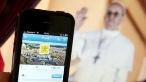 Le succès inattendu du Pape en latin sur Twitter