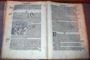 Pourquoi le latin est-il la langue liturgique officielle de l'Eglise ? - Aleteia