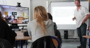 Les lycées tentent l'expérience des cours via visioconférence