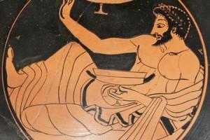 Archéologie expérimentale : le Kottabos, un jeu à boire dans la Grèce Antique