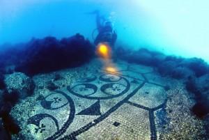 Golfe de Naples : découverte des ruines d'une ville submergée