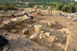 La Capitale.be / Louvain-la-Neuve: les archéologues de l'UCL découvrent un palais en Crête!