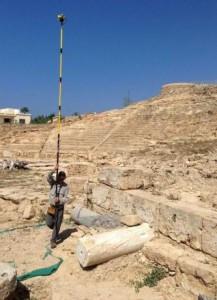 Le Parisien / Chypre : des archéologiques mettent au jour un théâtre antique