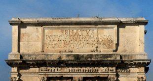 El Pais / El latín, ¿lengua oficial de la UE?