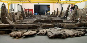 Culture Box / Une barque gallo-romaine vieille de 2000 ans reconstituée à Lyon