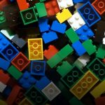 Latin & Marketing : Lego, un nom latin involontairement à propos !