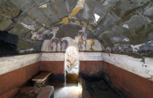 Des archéologues français découvrent un sublime tombeau romain près de Naples