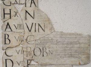 Non, le musée Carnavalet n'a pas banni les chiffres romains de son nouveau parcours d'exposition